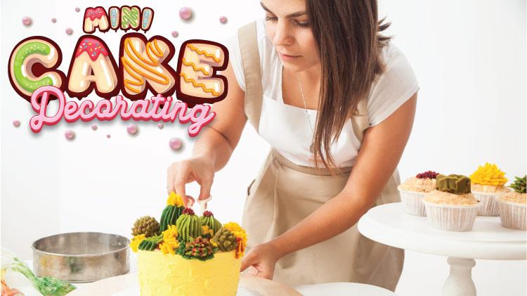 Mini Cake Decorating